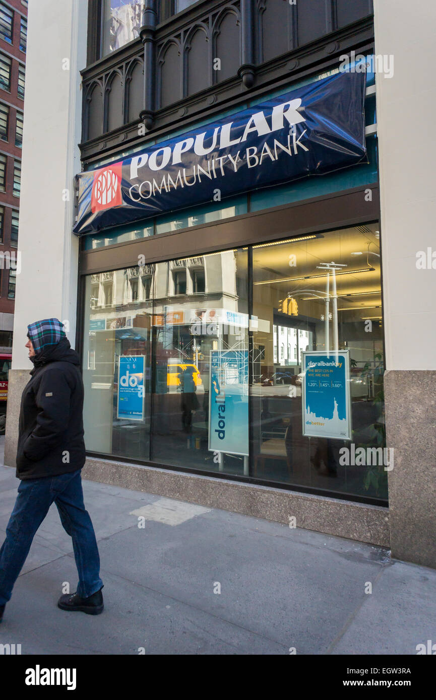 A closed New York branch of the Puerto Rico based Doral Bank on Saturday, February 28, 2015. The troubled bank has - Stock Image
