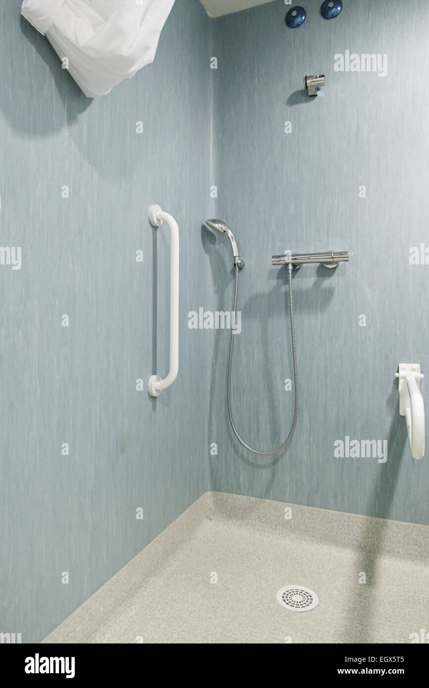 Shower Disabled Handicapped Stock Photos & Shower Disabled ...