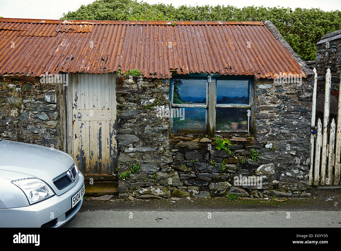 Old Manx cottage at Cregneash - Stock Image