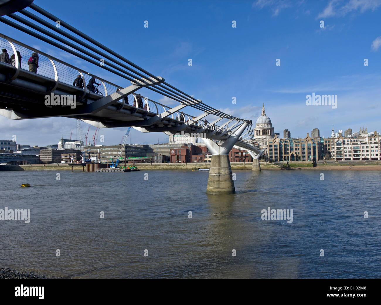 Millennium bridge towards St Pauls - Stock Image
