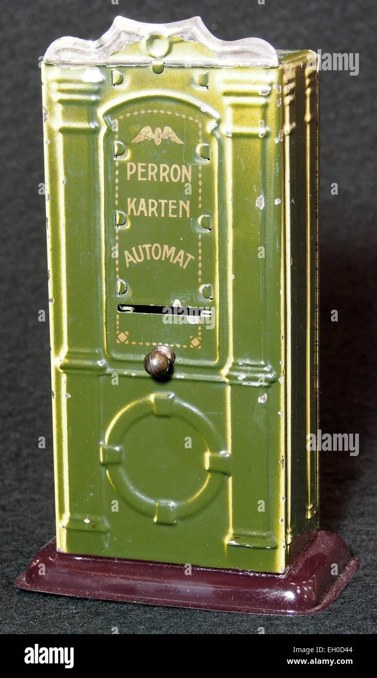Peron Karten Automat, Blech Spielzeug, bild 1 - Stock Image
