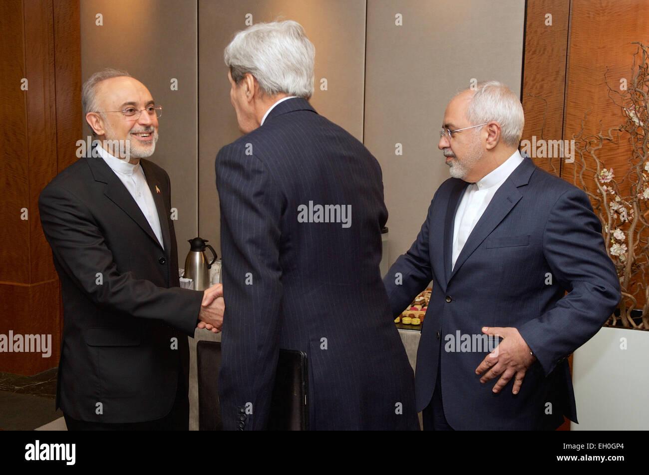 Iran 2015 Stock Photos & Iran 2015 Stock Images - Alamy Zarif Planters Html on