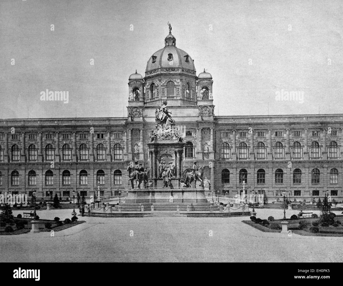 Early autotype of the Kunsthistorisches Museum of Art History, Vienna, Austria, historical photo, 1884 Stock Photo