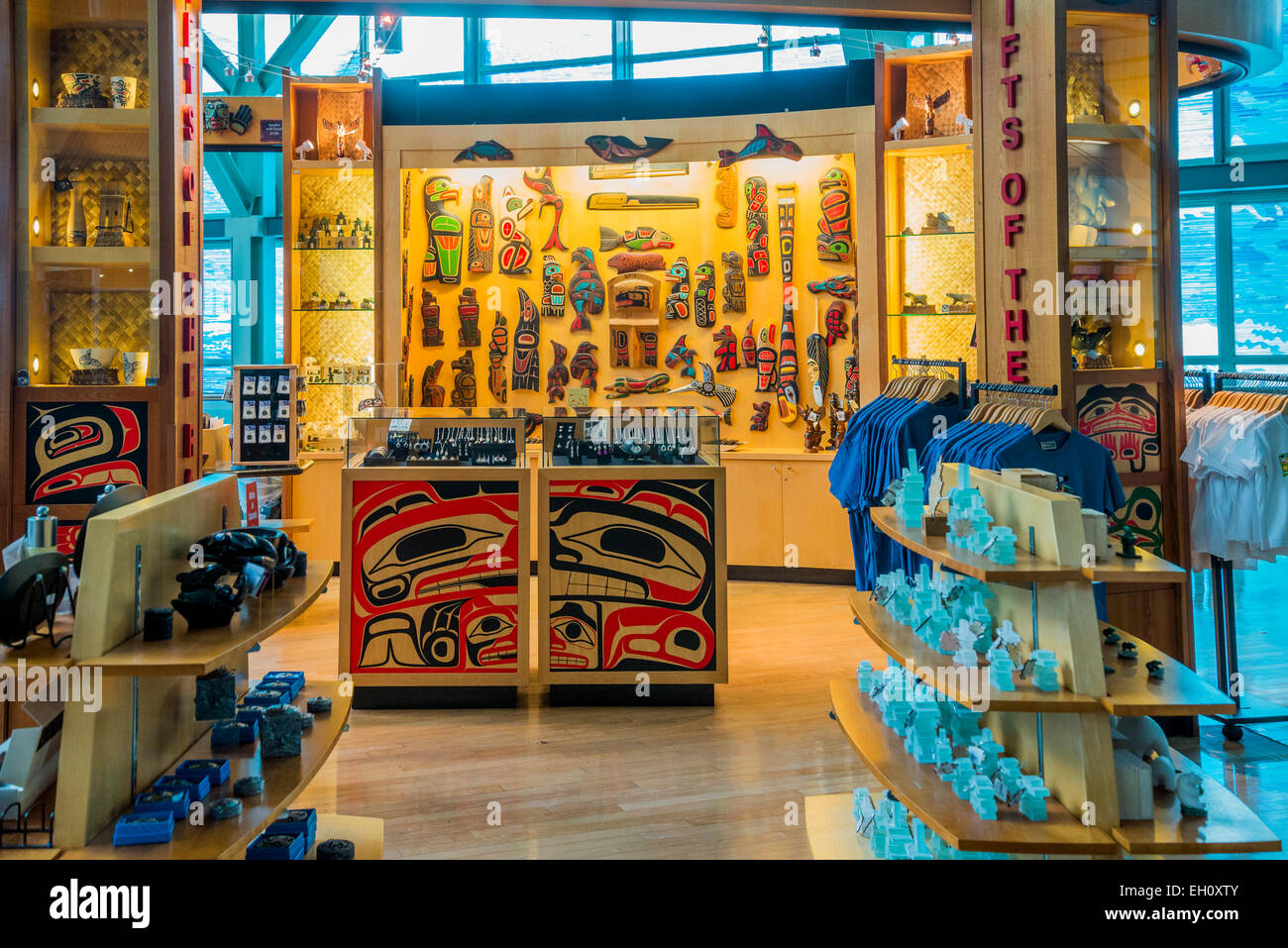 Gifts of the Raven, First Nations Boutique, Vancouver International Airport, YVR, Richmond, British Columbia, Canada - Stock Image