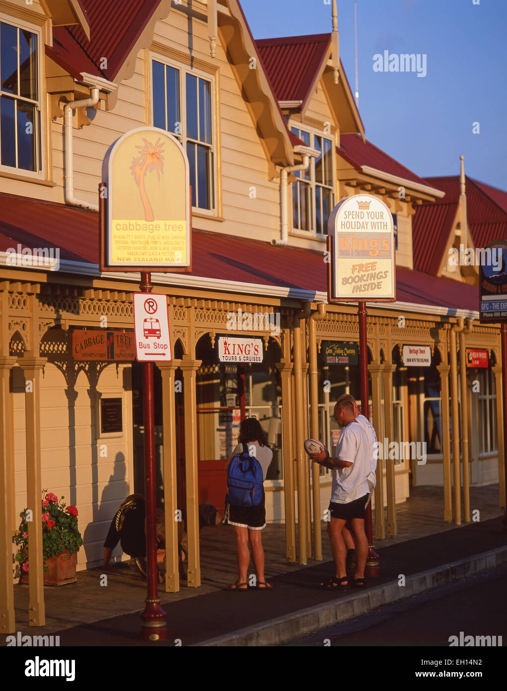 Tourist information and tour booking building at sunset, Paihia, Bay of Islands, Northland Region, North Island, Stock Photo