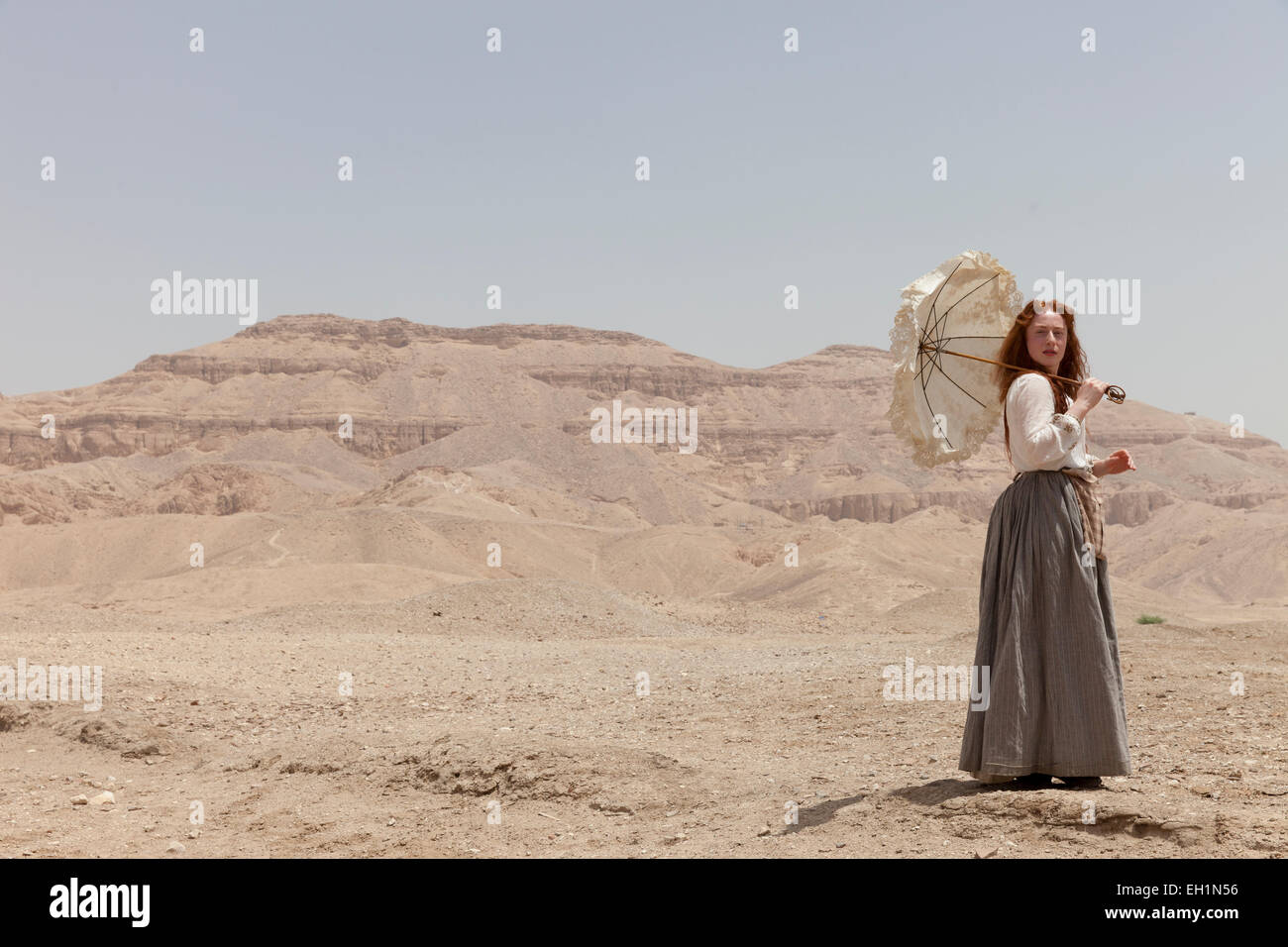 An actress in costume performing a role near the Valley of the Queens,  Luxor, Egypt - Stock Image