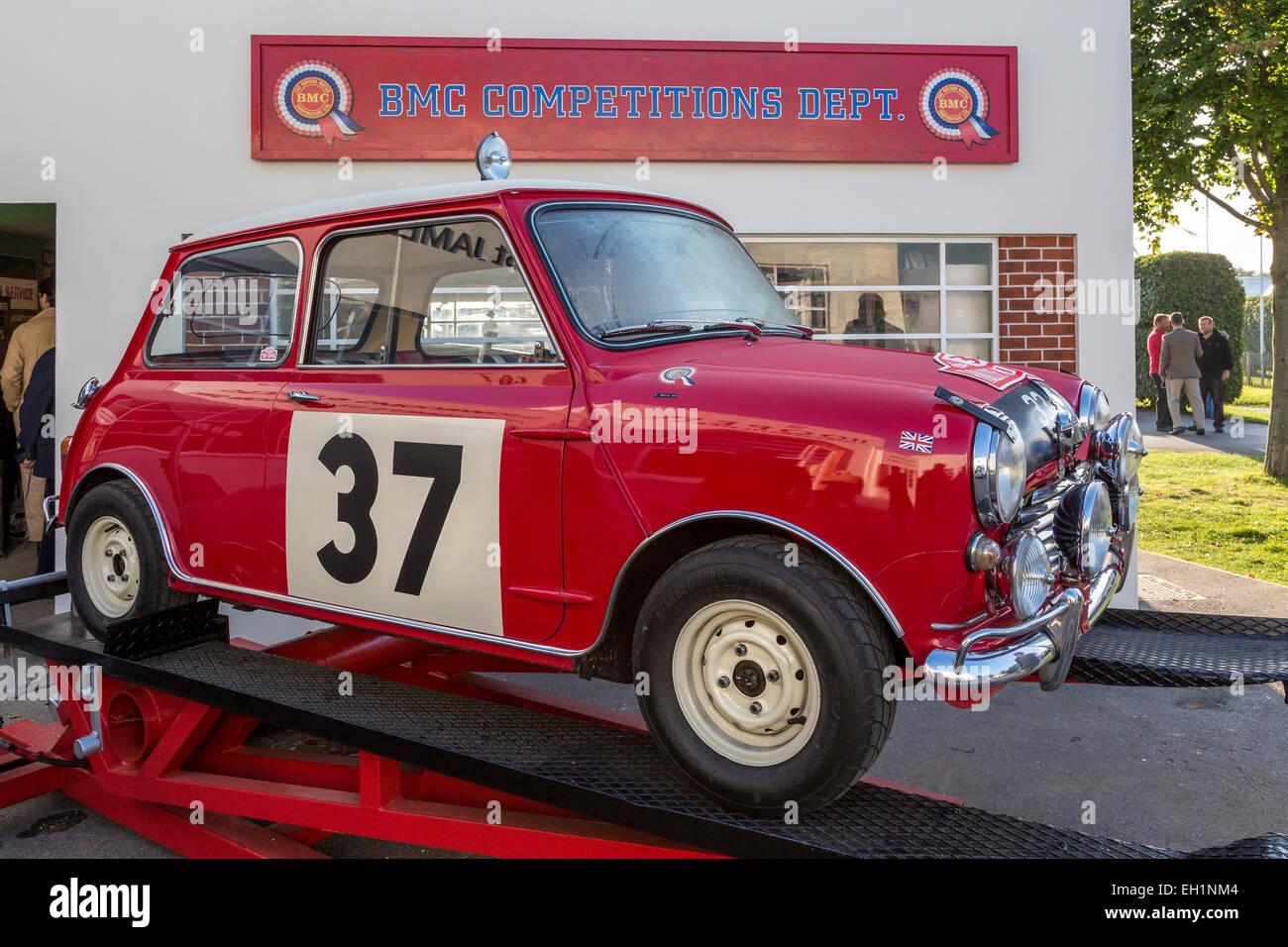 Mini Cooper Roof Rack >> 1964 Mini Cooper S replica of Paddy Hopkirk's Monte Carlo winning Stock Photo: 79329604 - Alamy