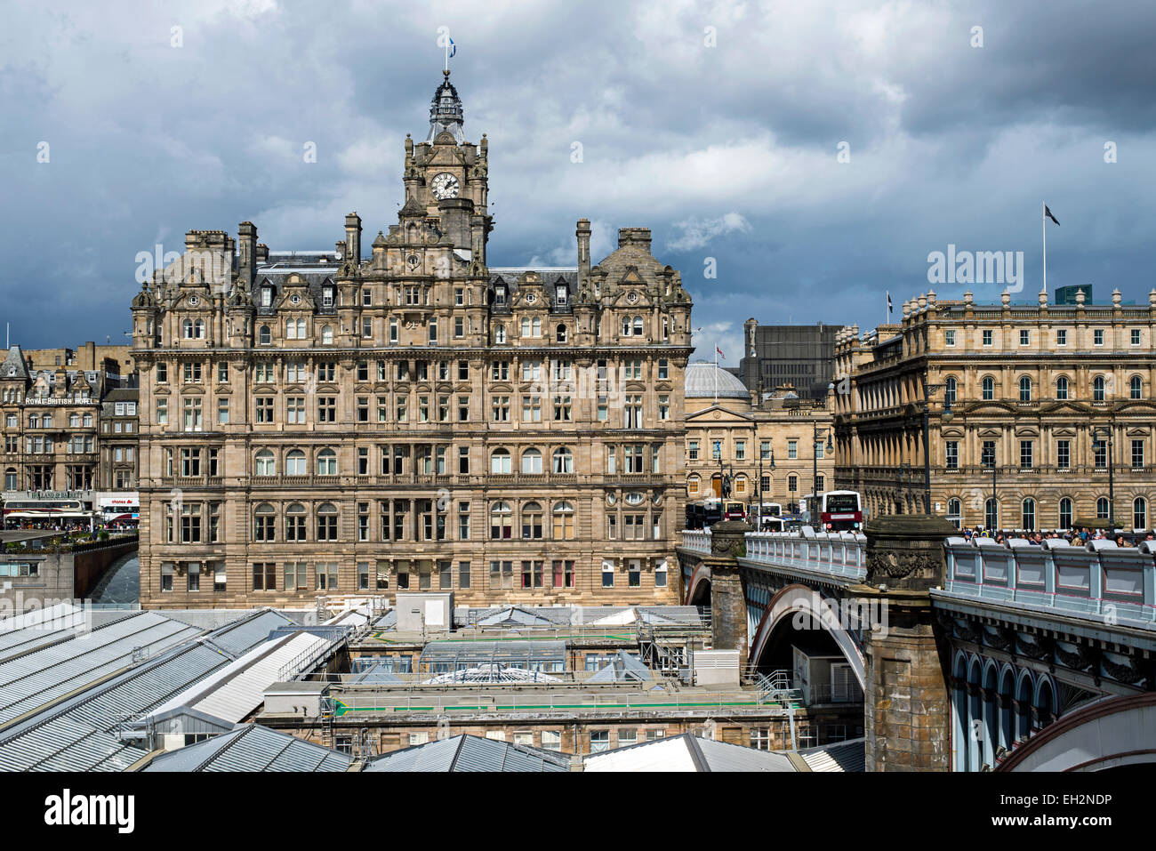 The Balmoral Hotel with North Bridge and Waverley station in the foreground. - Stock Image
