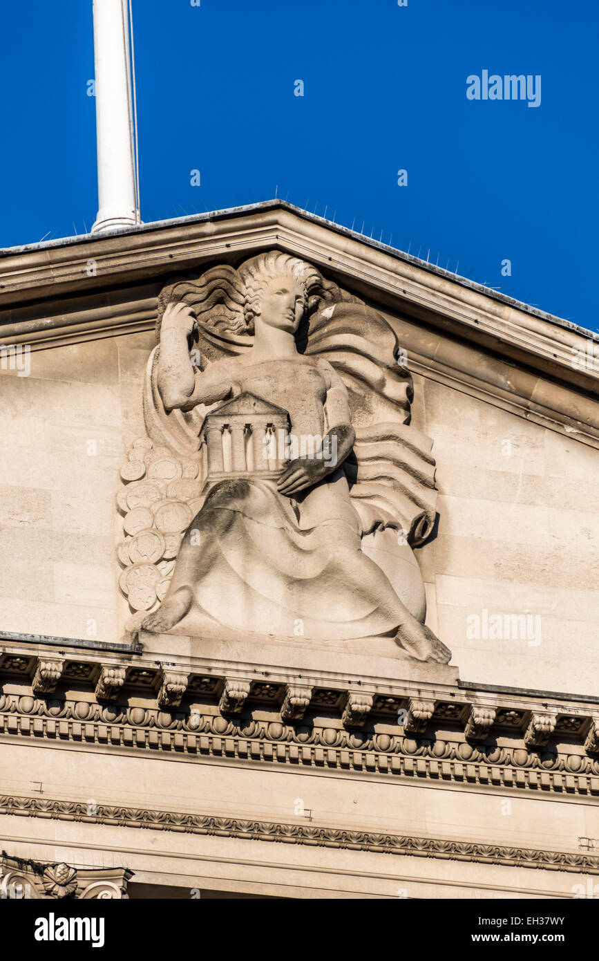 The top of the pediment on the Bank of England on Threadneedle Street in the City of London - Stock Image