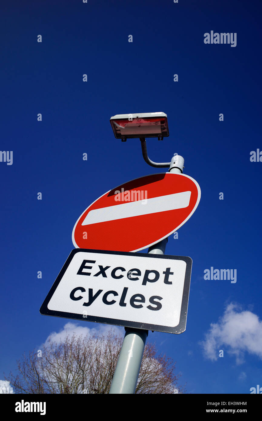 'No Entry' sign 'Except cycles', UK - Stock Image