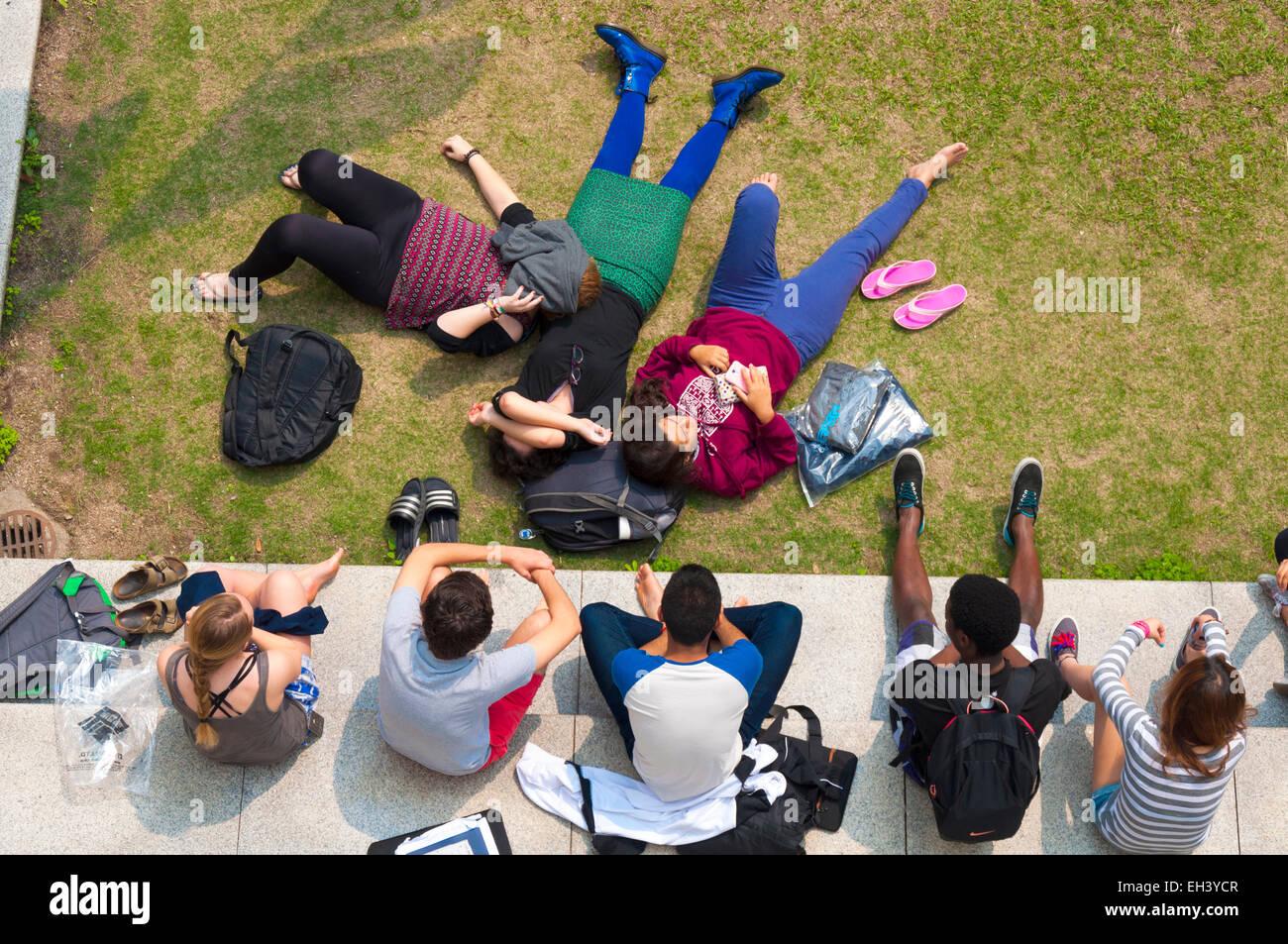 Students at Li Po Chun United World College of Hong Kong, Shatin, New Territories, Hong Kong SAR - Stock Image