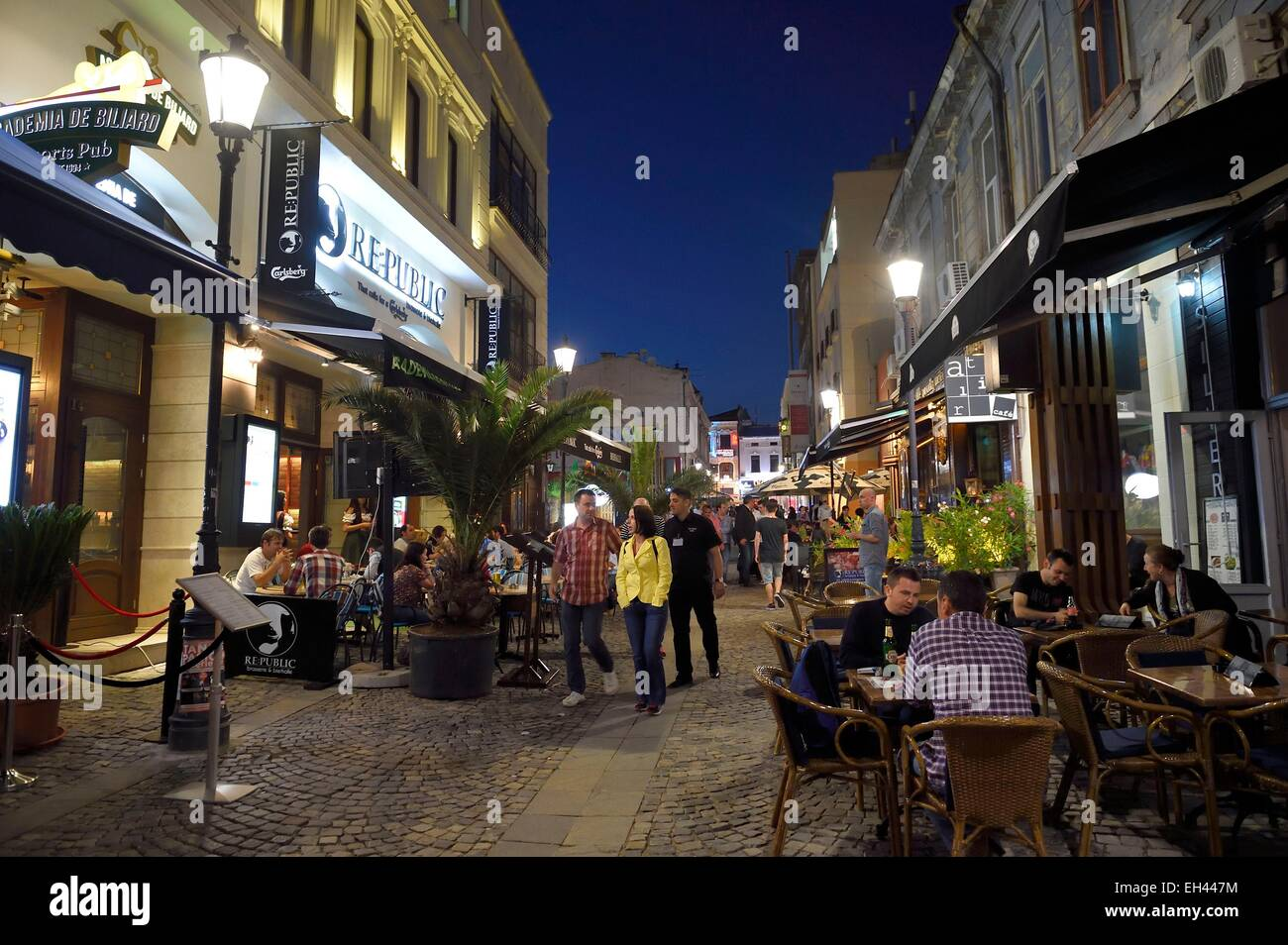 Romania, Bucharest, nightlife in the historic center, Selari street - Stock Image