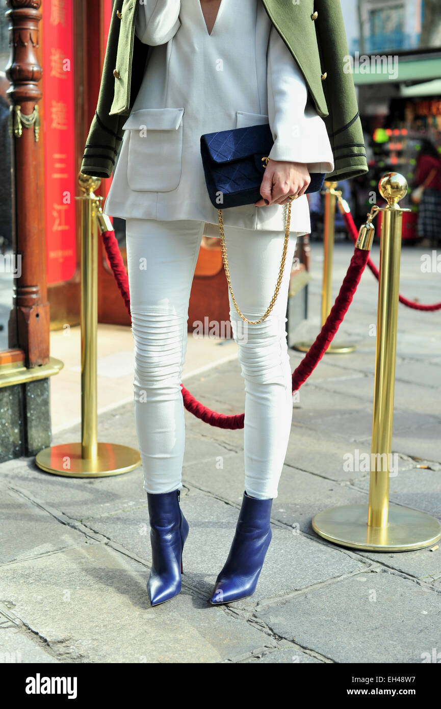 Blogger Lena Terlutter arriving at the Balmain Fall 2015 runway show in Paris - March 5, 2015 - Photo: Runway Manhattan/Celine Stock Photo