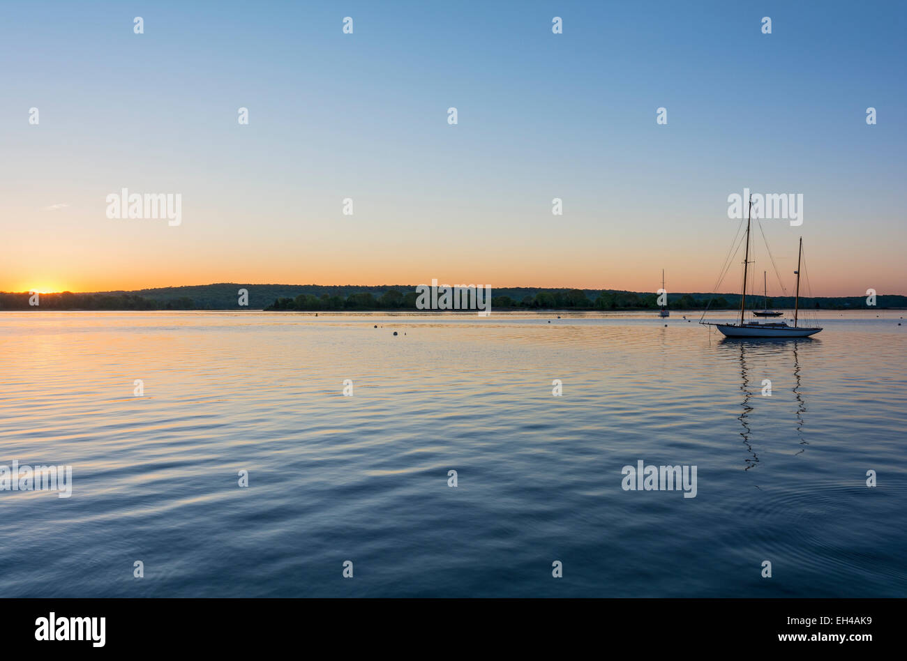 Connecticut River at Essex, sailboats, sunrise - Stock Image