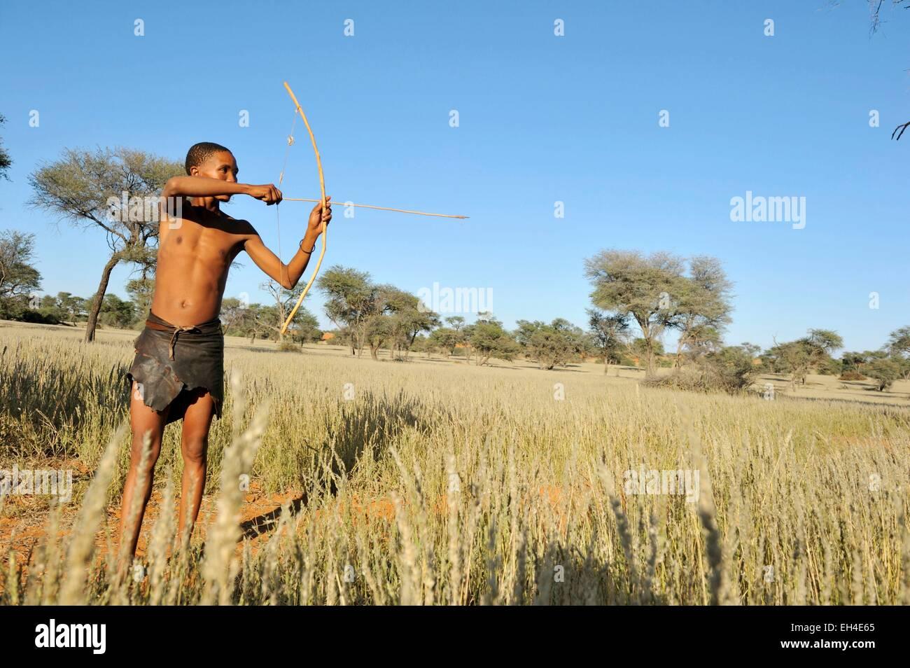 Namibia, Kalahari desert, Intu Afrika Kalahari Game Reserve, morning walk with Bushmen - Stock Image