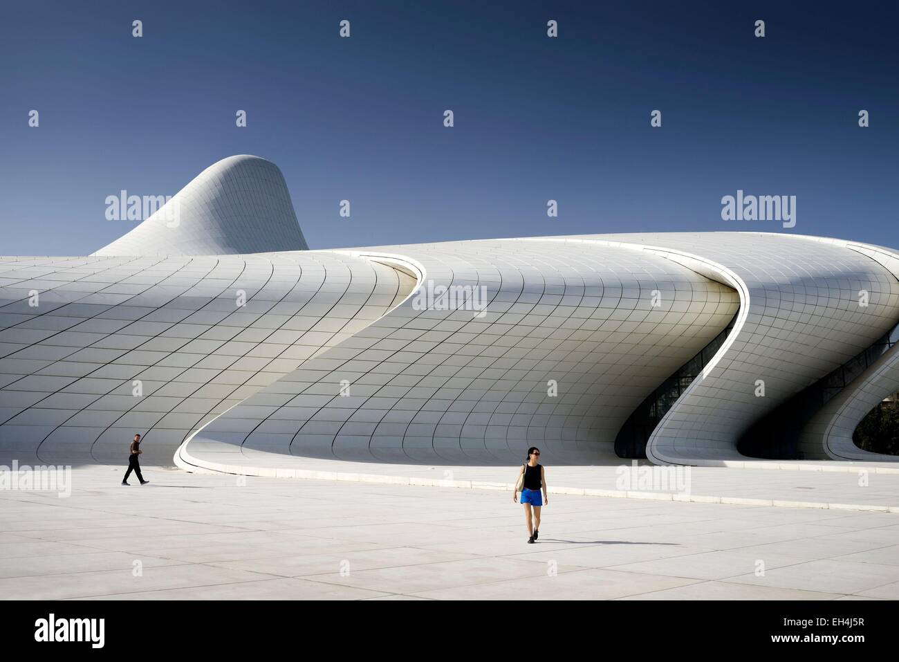 Azerbaijan, Baku, Heydar Aliyev cultural center futuristic monument designed by the architect Zaha HadidEmirats - Stock Image