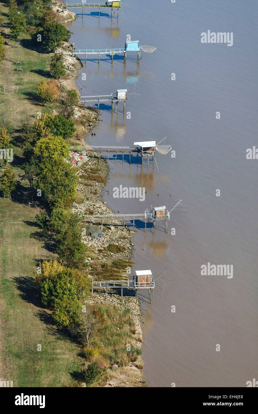 France, Gironde, Saint Estephe, fisheries on the Gironde river (aerial view) - Stock Image