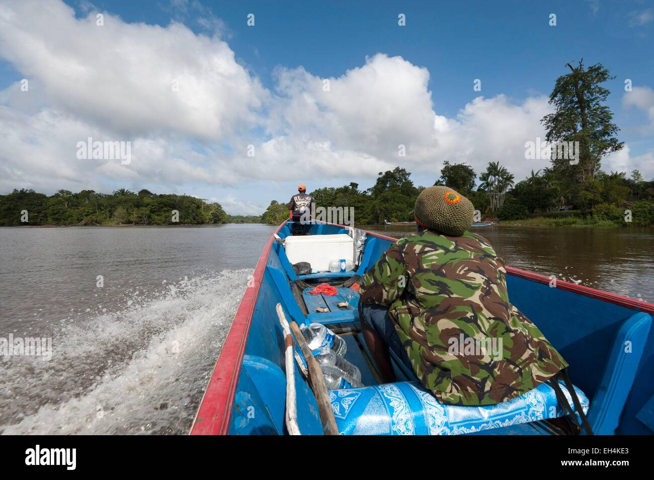Republic of Suriname, sailing pirogue on Tapanahony River an affluent of Maroni River - Stock Image