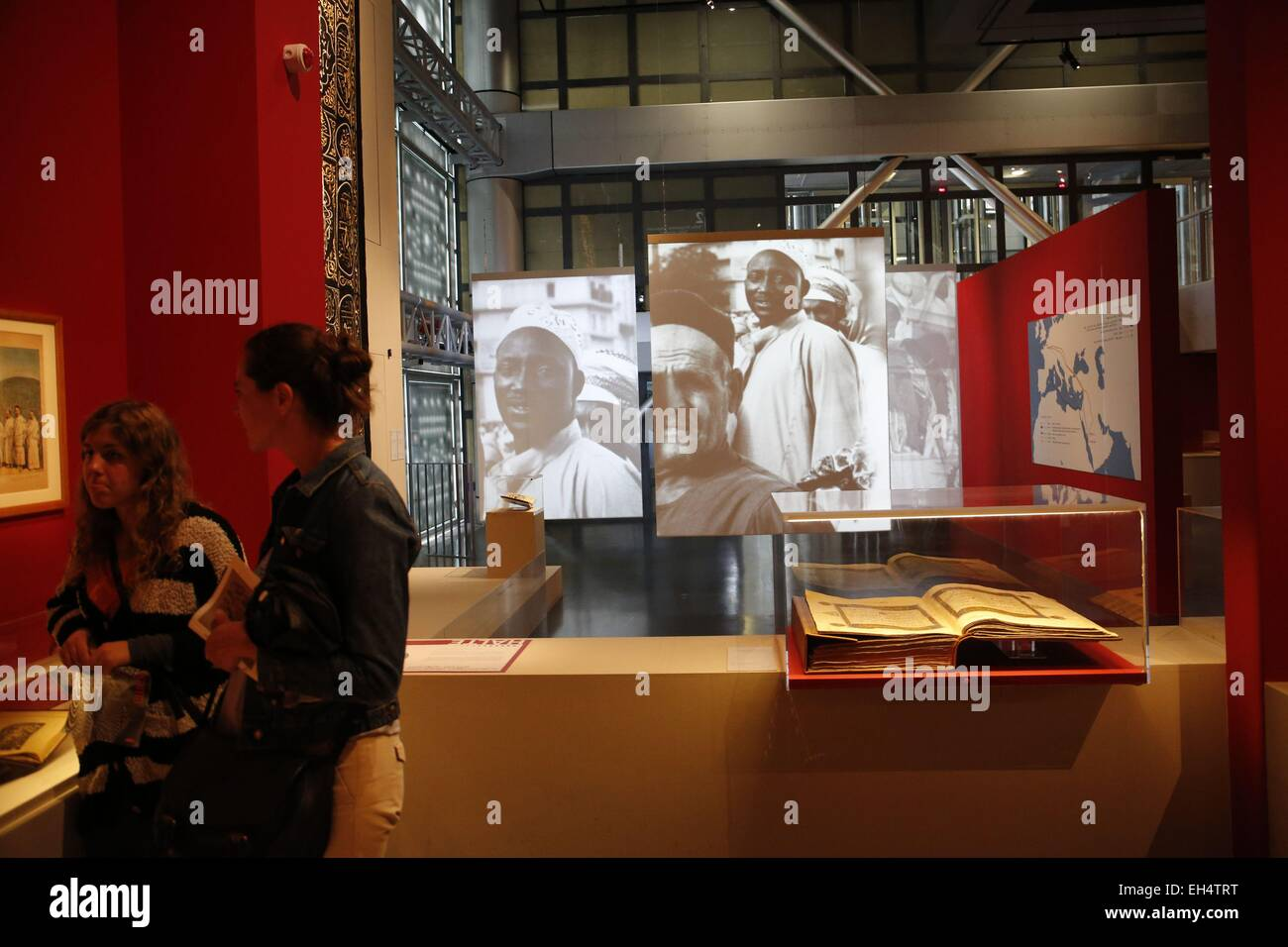 France, Paris, Institute for the arabic world, exhibition Hajj about the history of the islamic Mecca pilgrimages - Stock Image