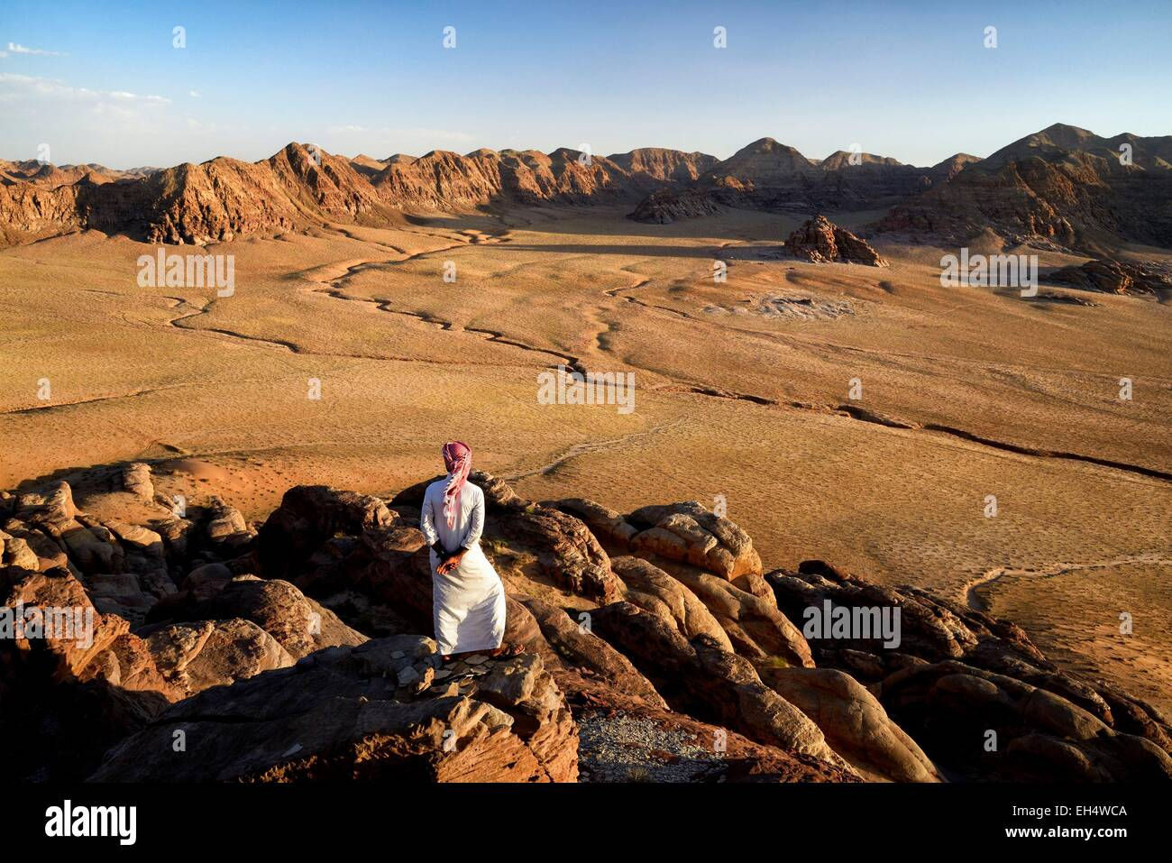Jordan, Wadi Rum desert, border with Saudi Arabia, Bedouin and view from the mountain Jebel Khasch - Stock Image