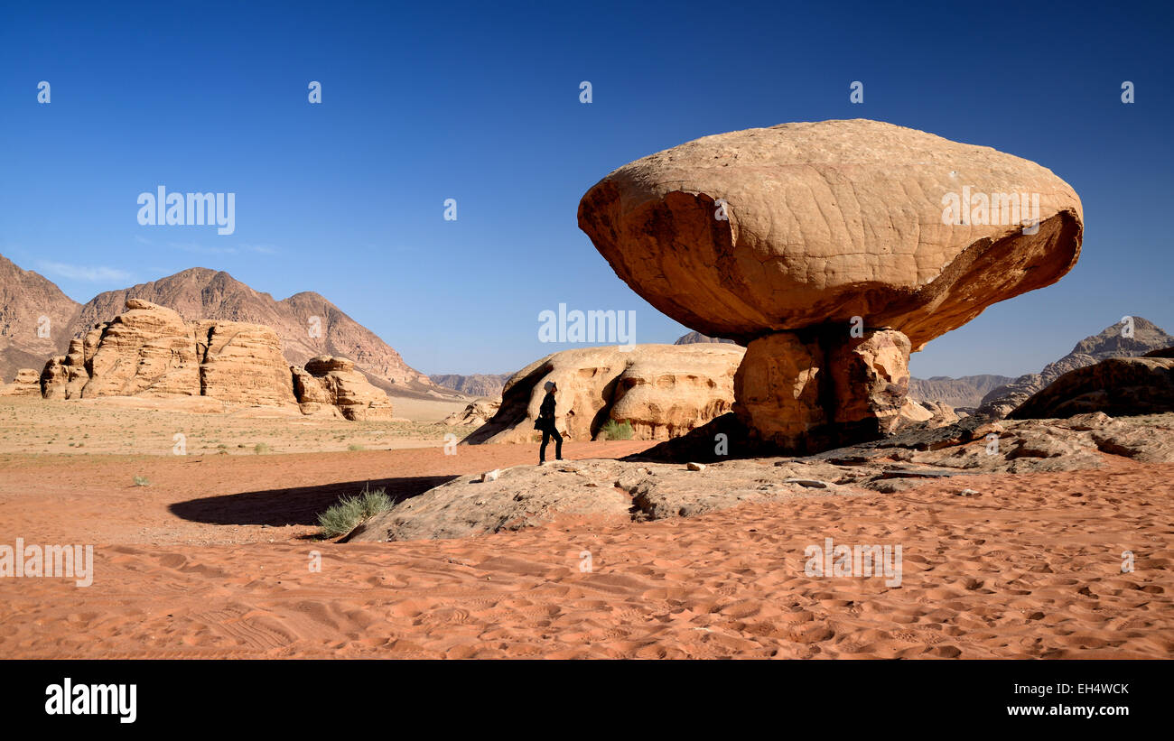 Jordan, Wadi Rum desert, protected area listed as World Heritage by UNESCO, mushroom rock, desert of sand and rocks - Stock Image