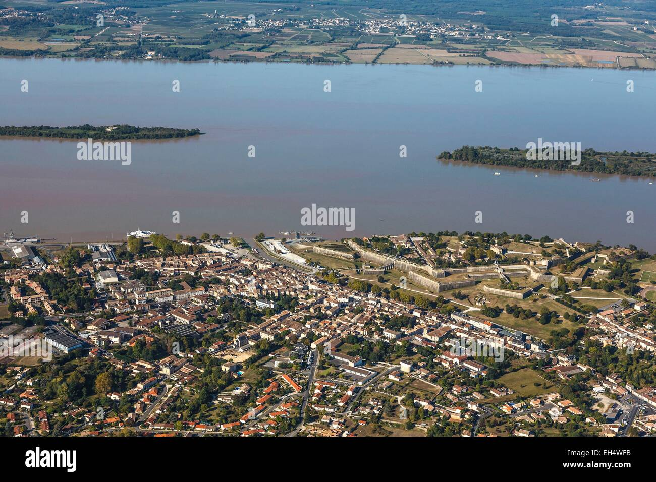 France, Gironde, Blaye, the town and the citadel on the Gironde river, Fortifications of Vauban, listed as World - Stock Image