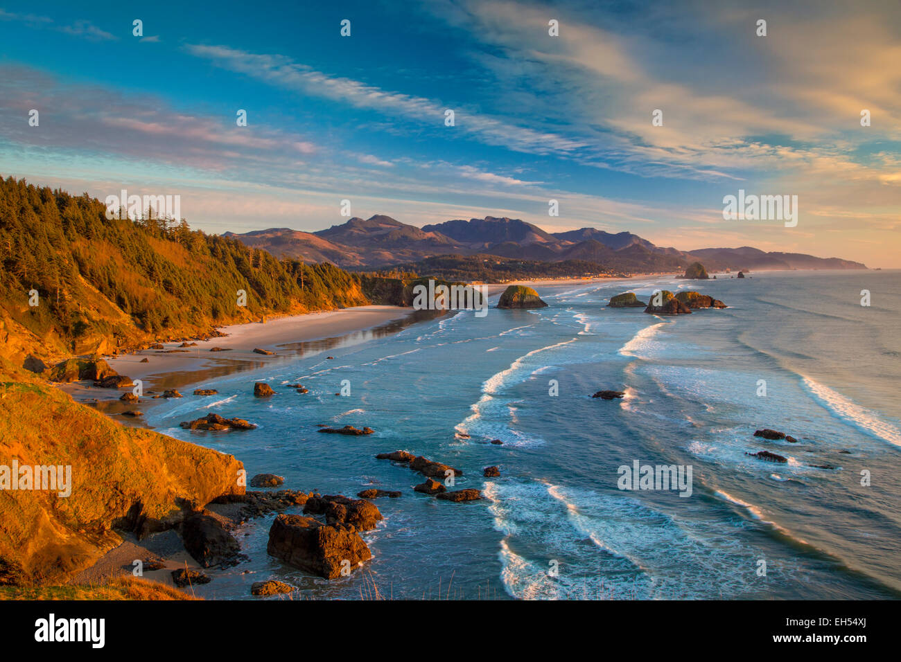 Sunset over the coastline near Cannon Beach, Oregon, USA - Stock Image