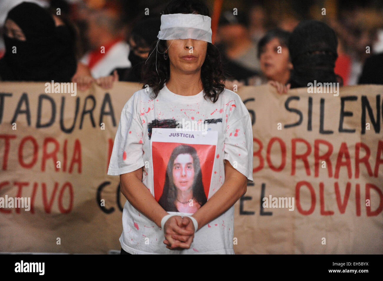"""Santiago, Chile. 6th Mar, 2015. A woman takes part in a march called """"For a March 8 without clandestine abortions"""" Stock Photo"""