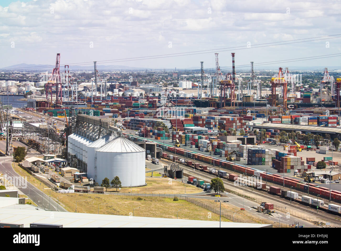 View over Melbourne's shipyards in Spotswood and West Melbourne - Stock Image