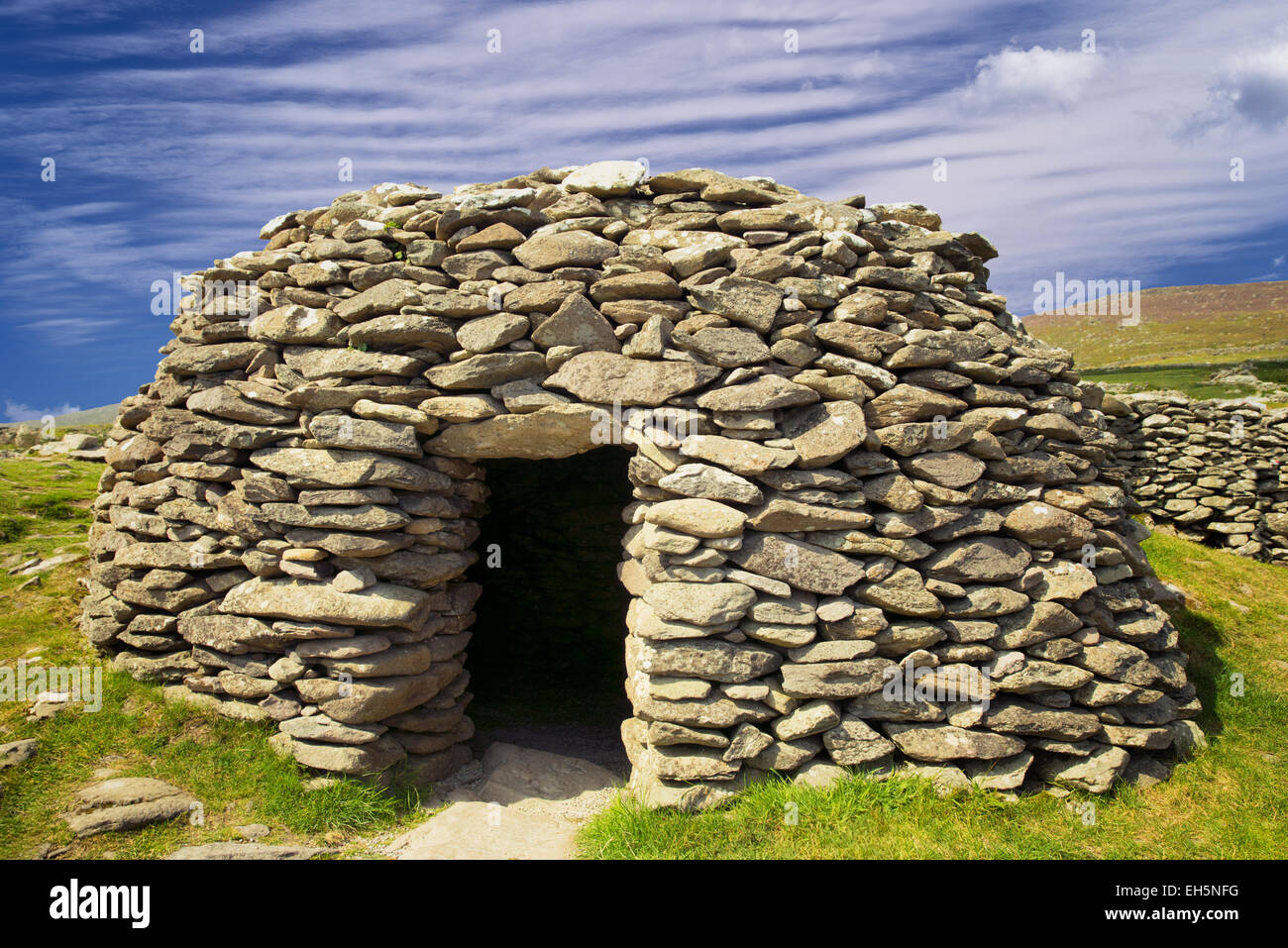 Beehive Hut. Dingle Peninsula, Ireland - Stock Image