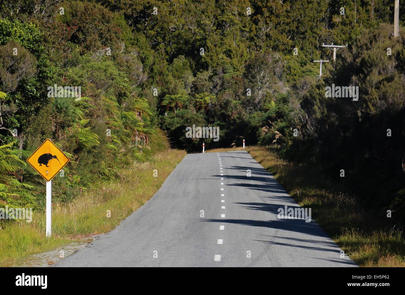 Kiwi crossing Road sign New Zealand - Stock Image