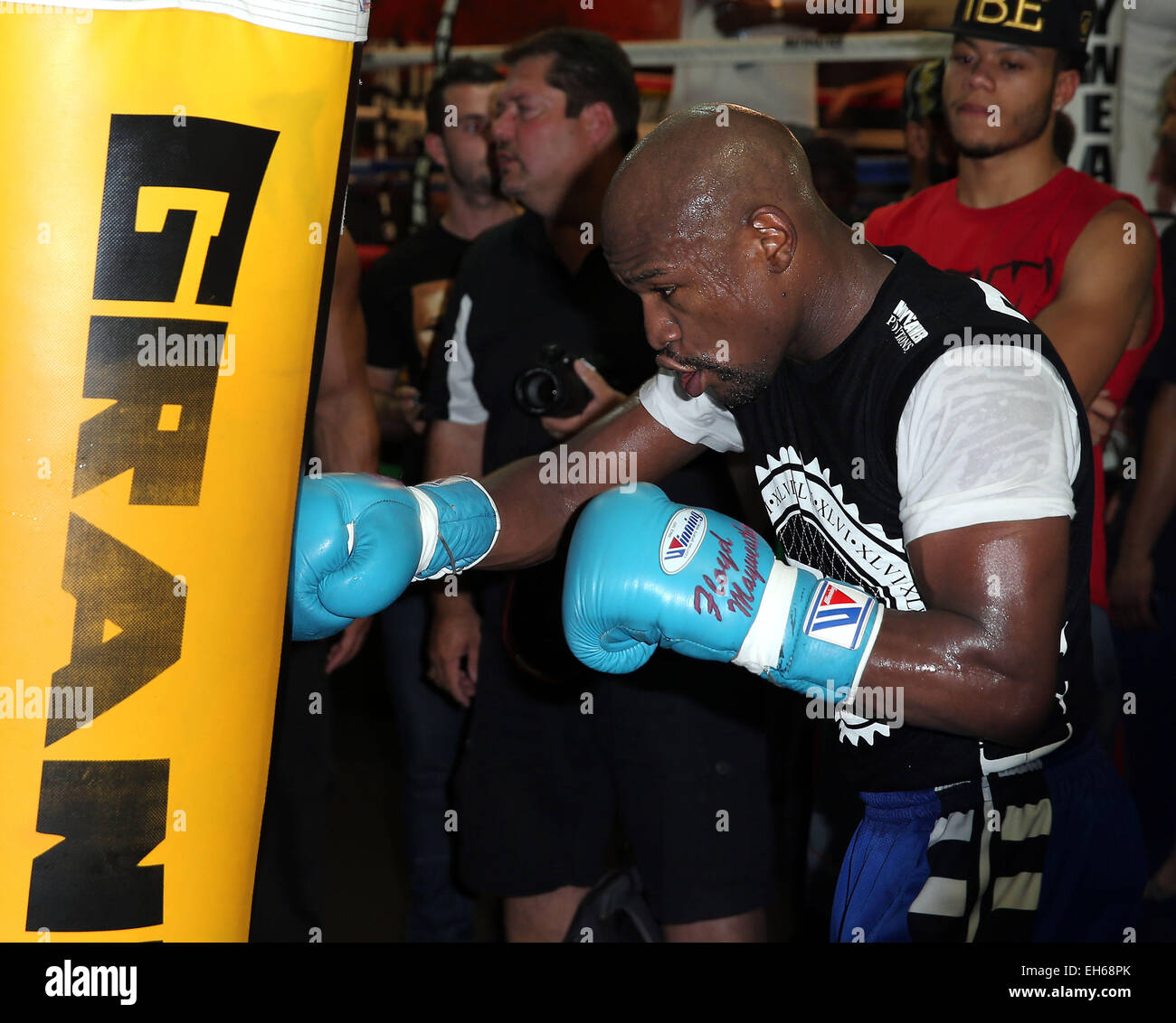 Floyd Mayweather Jr Media Workout At Mayweather Boxing