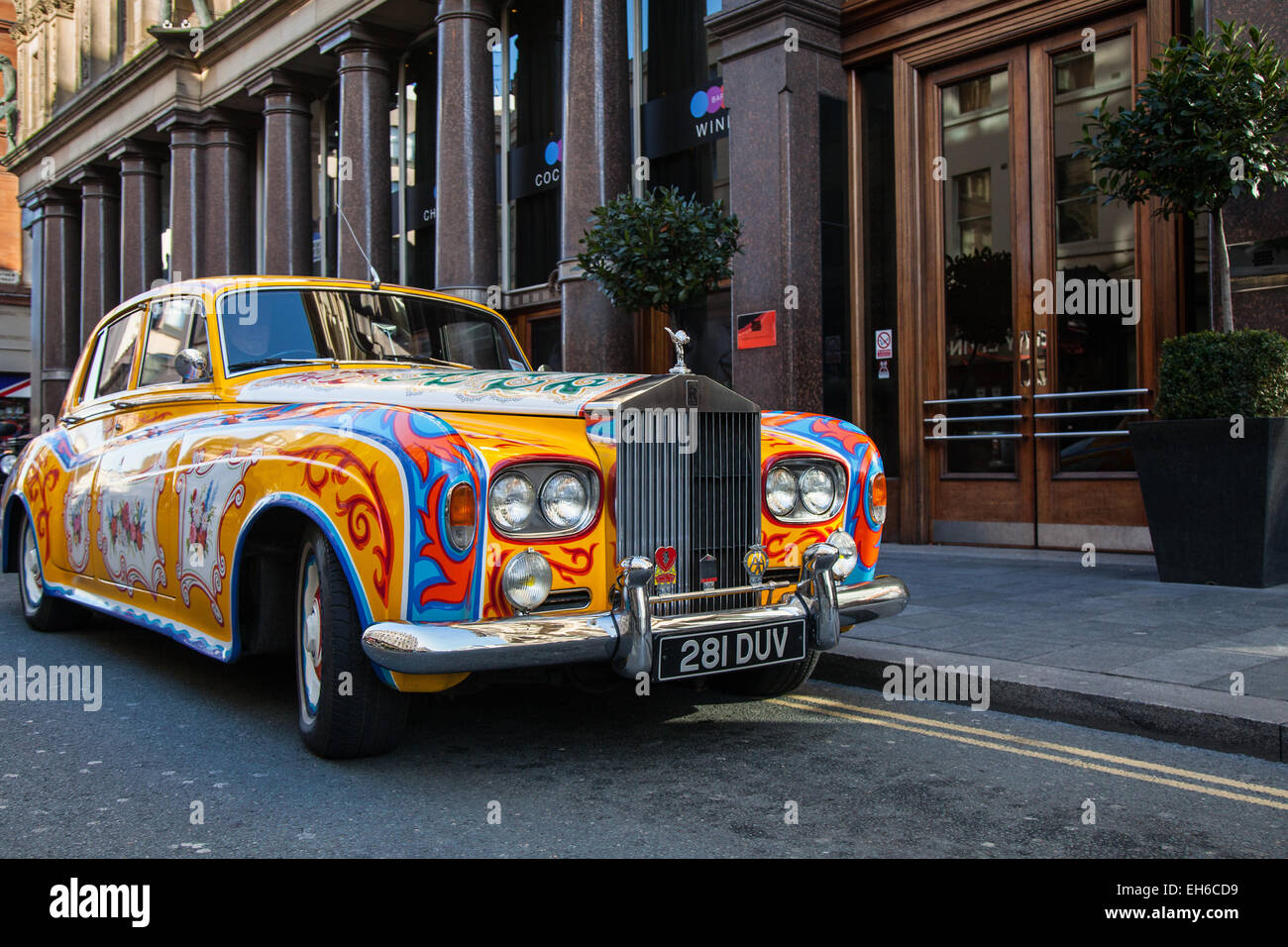 'The Beatles' John Lennon replica Psychedelic Rolls_A Hard Day's Night Hotel, located on North John Street, - Stock Image