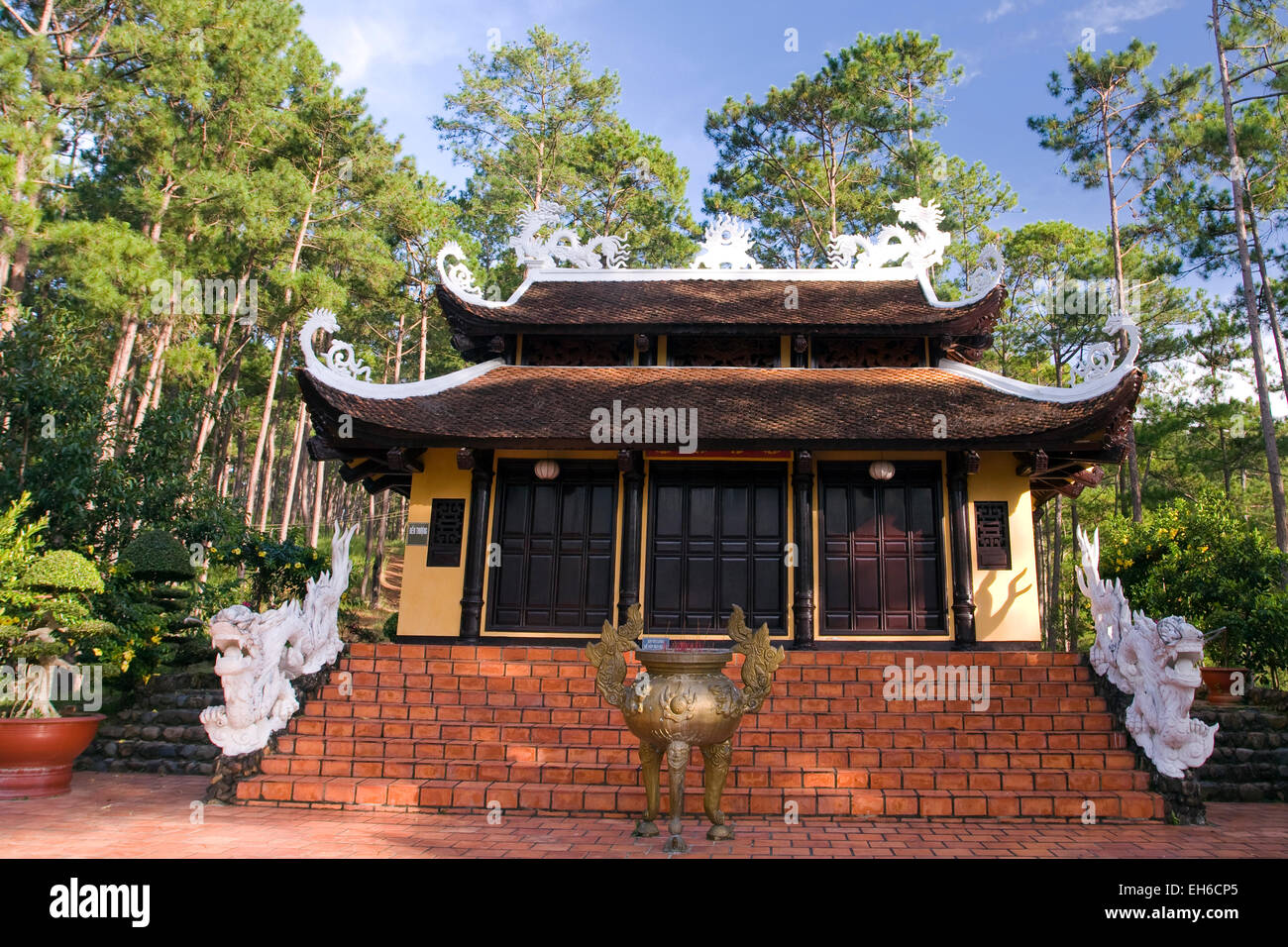 Truc Lam Pagoda, Dalat, Vietnam, Southeast Asia Stock Photo