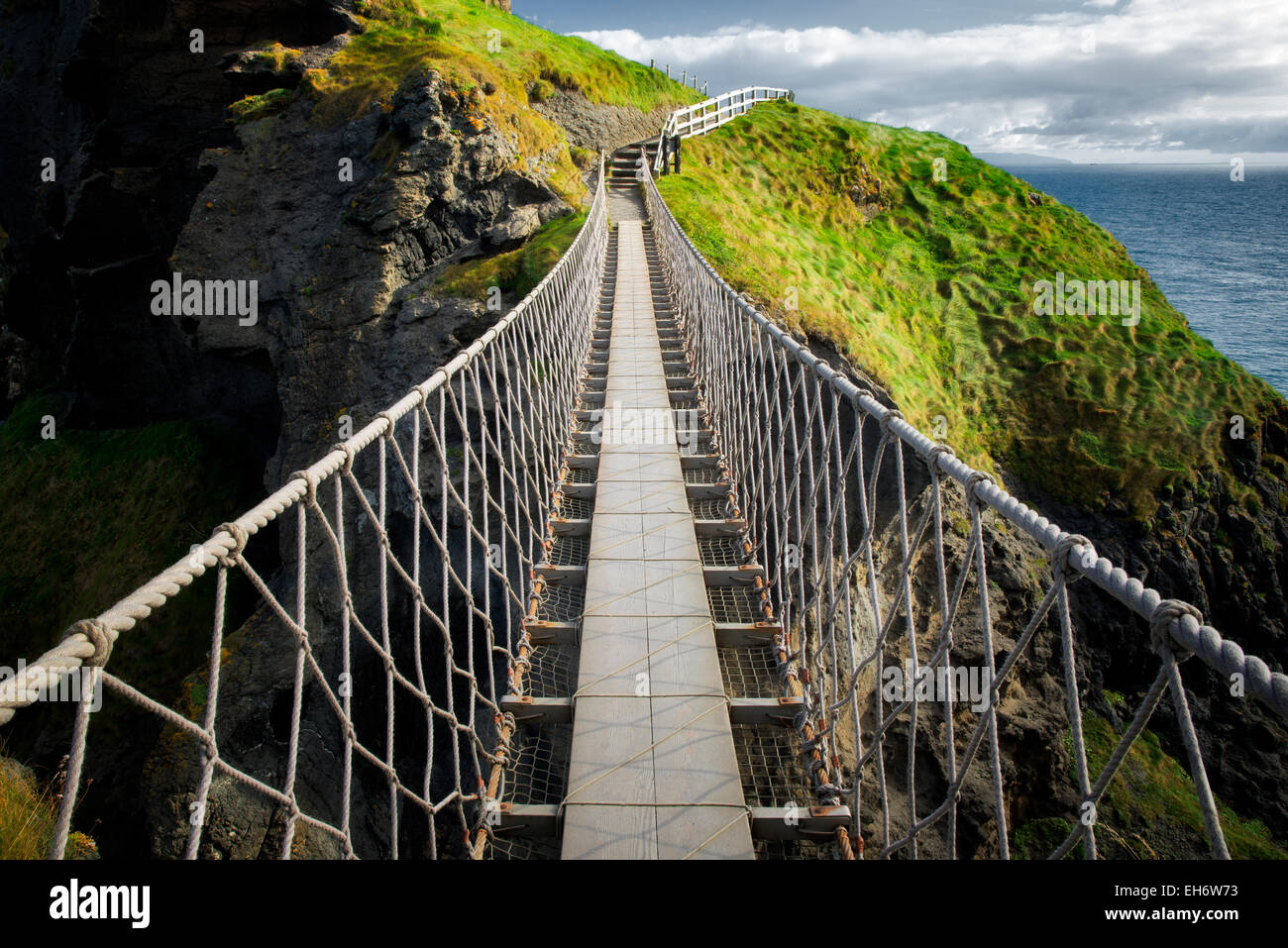 Carrick-a-Rede Rope Bridge. Northern Ireland - Stock Image