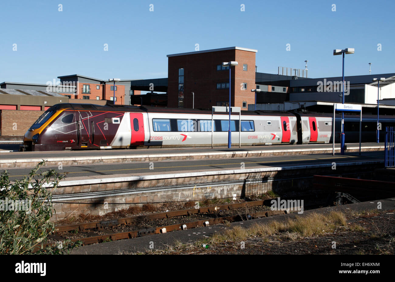 A Cross Country Super Voyager train at Banbury railway station in Oxfordshire, England - Stock Image