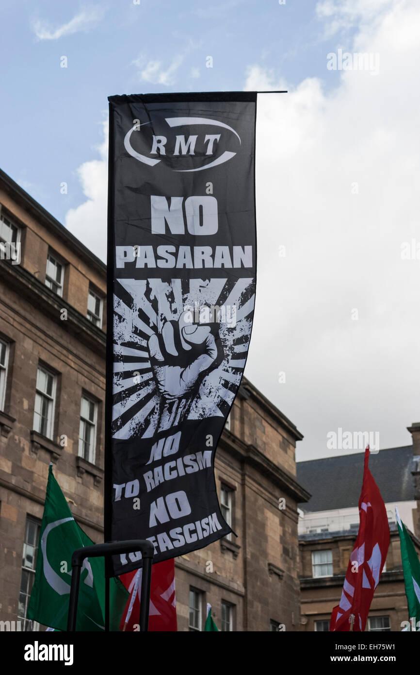 No pasaran banner at anti Pegida demonstration in Newcastle, UK, in response to the first UK Pegida rally. - Stock Image