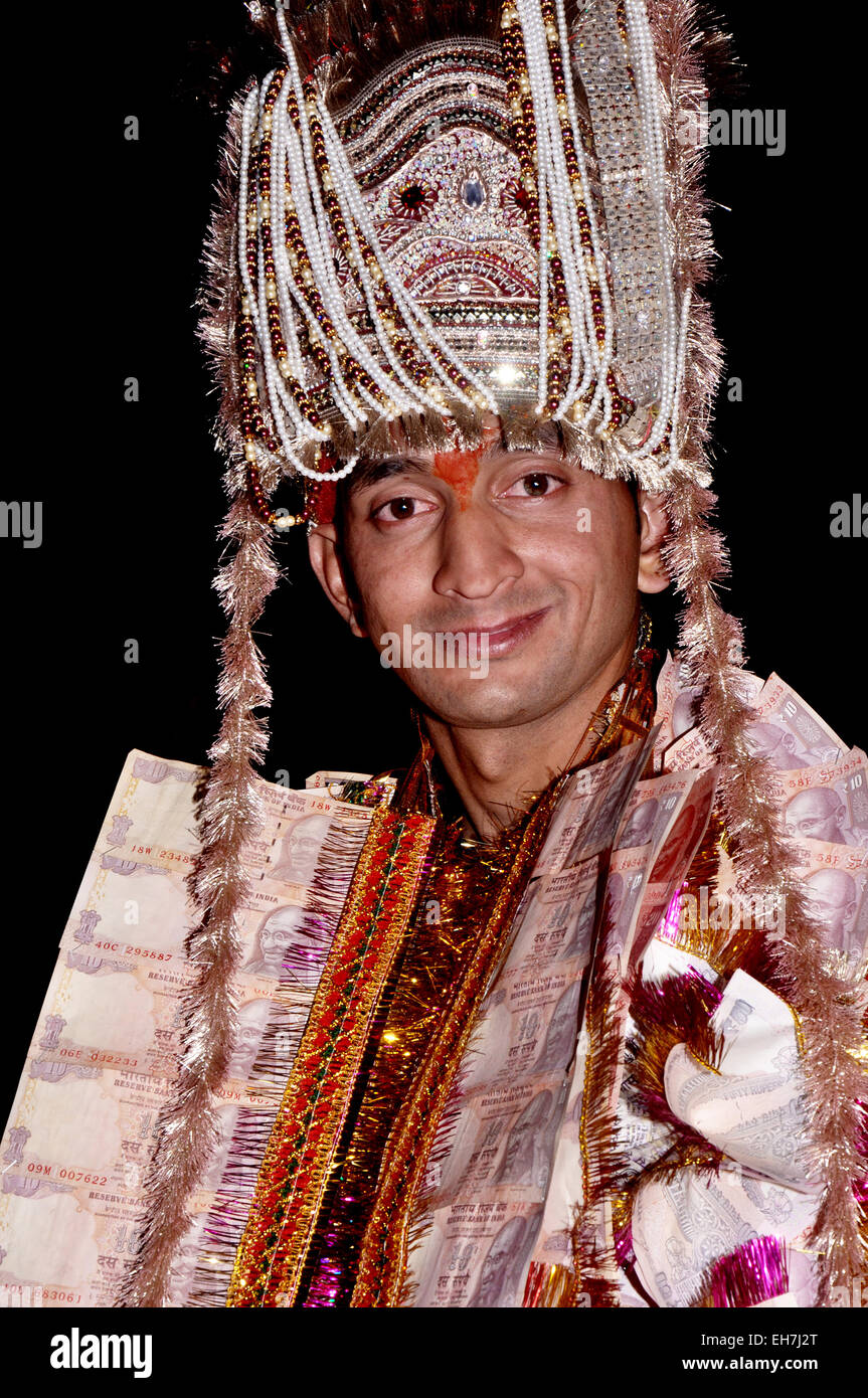 Hindu groom wearing colorful dress and ready for marriage Stock ...