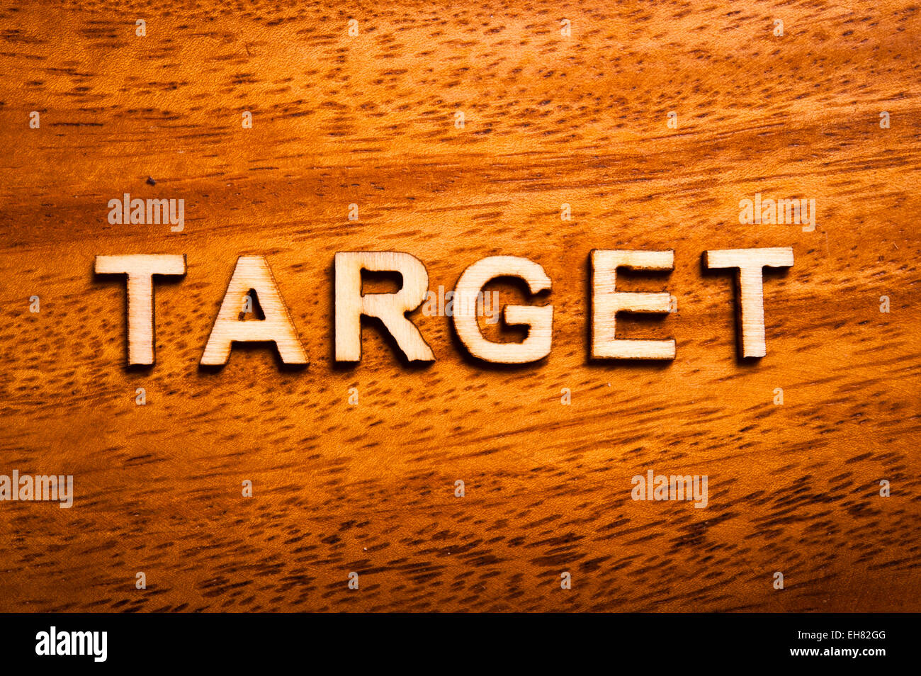word target written with wooden letters - Stock Image
