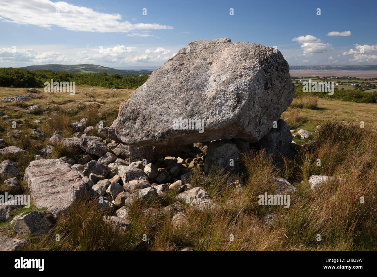 Arthur's Stone (Maen Ceti, Maen Cetty) a Neolithic chambered dolmen, Gower Peninsula, Swansea, Glamorgan, Wales, - Stock Image