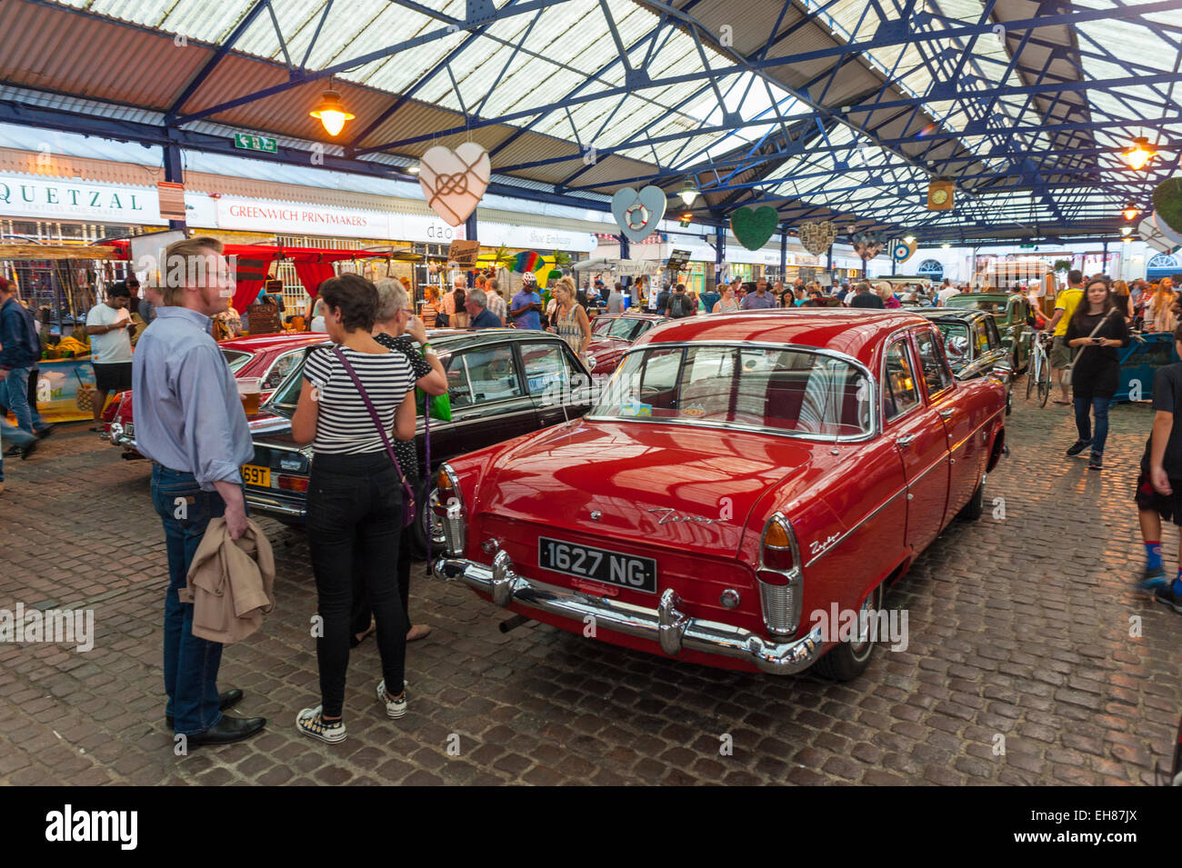 Classic cars lined up in Greenwich market for the monthly Park in ...
