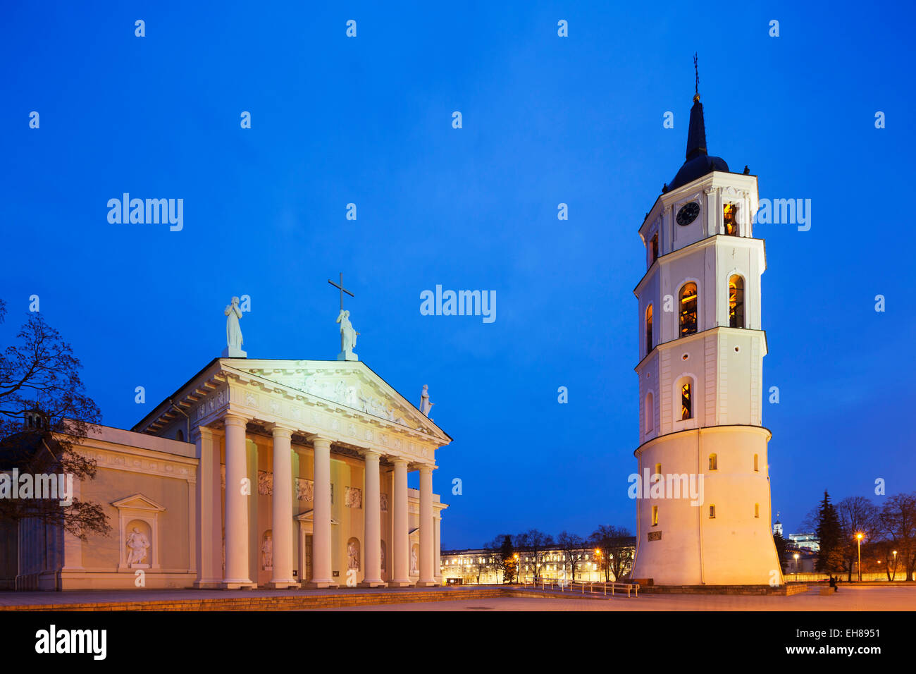 St. Stanislaus Cathedral and Varpine bell tower in Cathedral Square, UNESCO World Heritage Site, Vilnius, Lithuania, - Stock Image