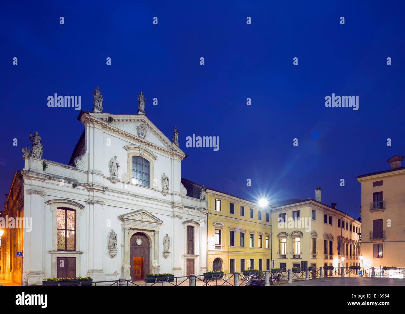 Santa Maria Church, Piazza Signori, Vicenza, UNESCO World Heritage Site, Veneto, Italy, Europe - Stock Image