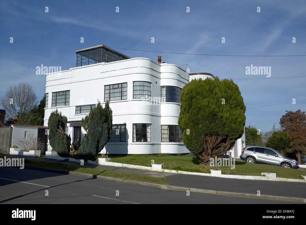 International style 39 art deco 39 house kent uk stock photo for International decor uk
