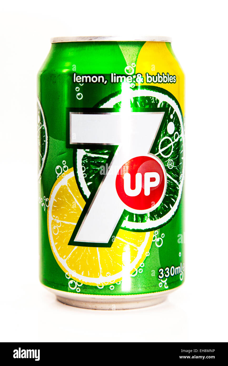 7up 7 up can of pop fizzy drink lemonade tin tinned logo product cutout white background copy space isolated Stock Photo