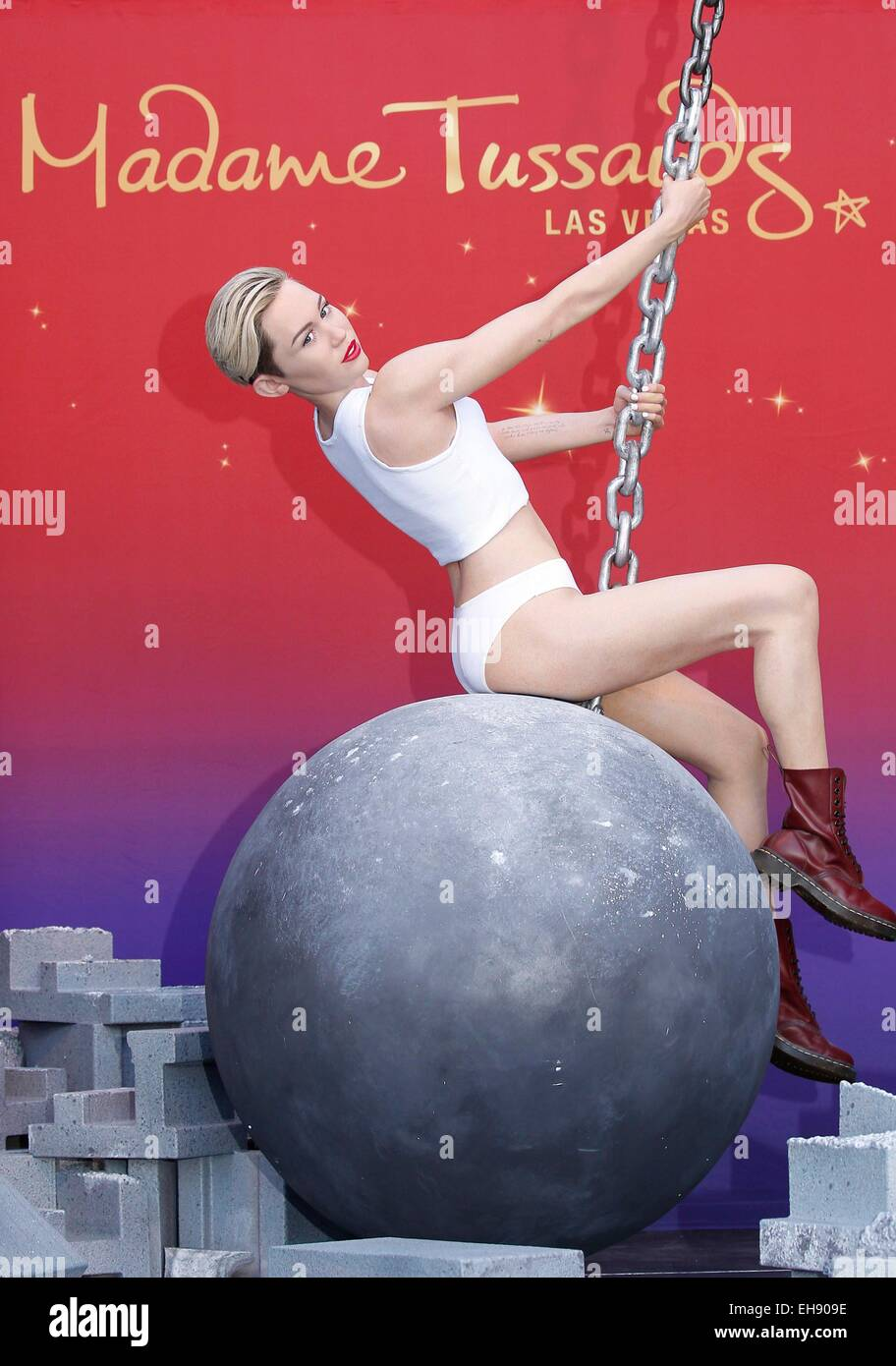 Las Vegas, NV, USA. 9th Mar, 2015. Miley Cyrus Figure at the press conference for Miley Cyrus Wrecking Ball Figure - Stock Image