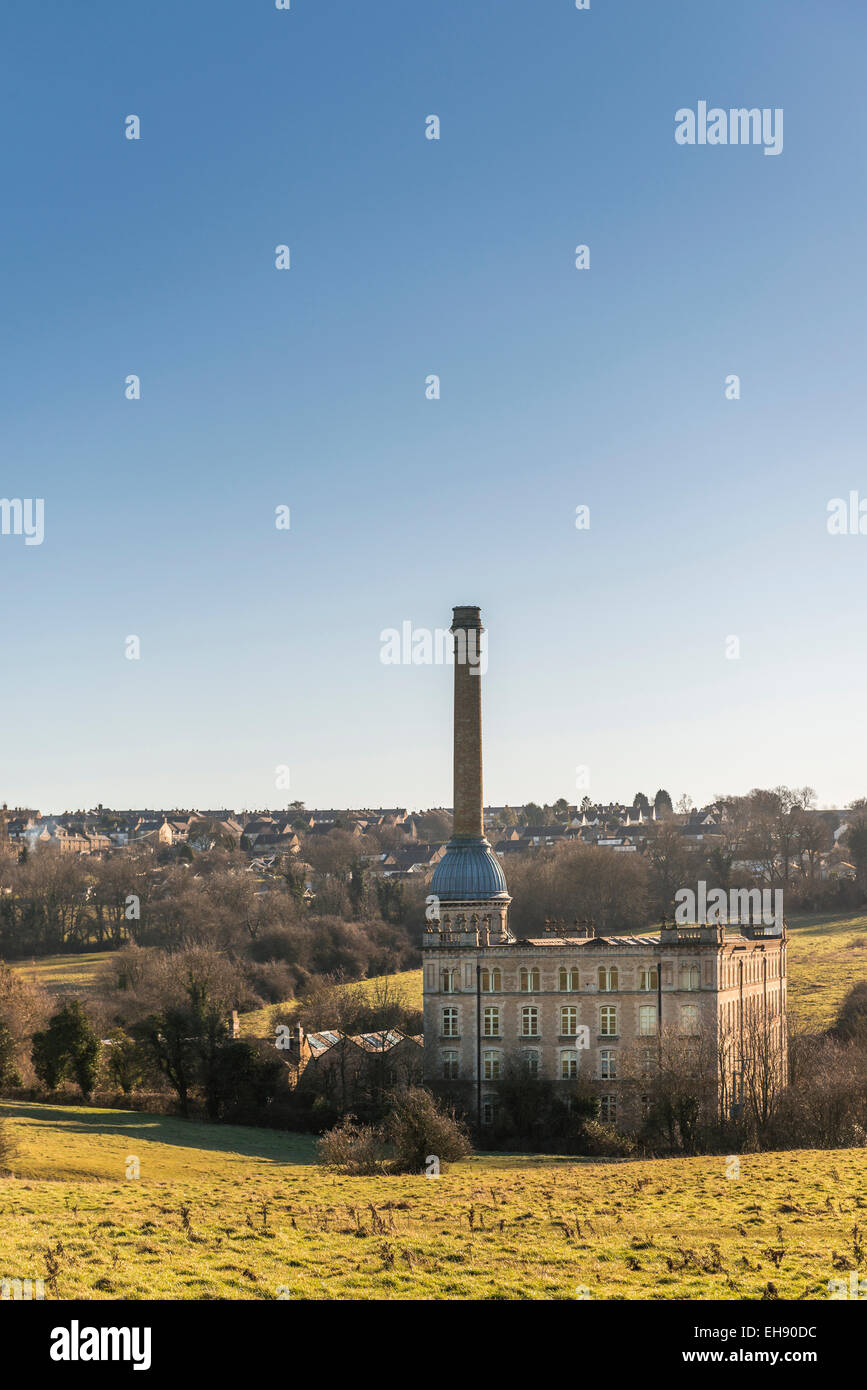 Bliss Mill is a former Tweed Mill in Chipping Norton in the Cotswolds, Oxfordshire. The Mill has now been converted - Stock Image