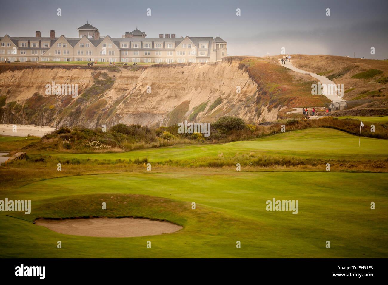 Ritz-Carlton Hotel and Half Moon Bay Ocean Golf Links on a misty day, Half Moon Bay, California - Stock Image