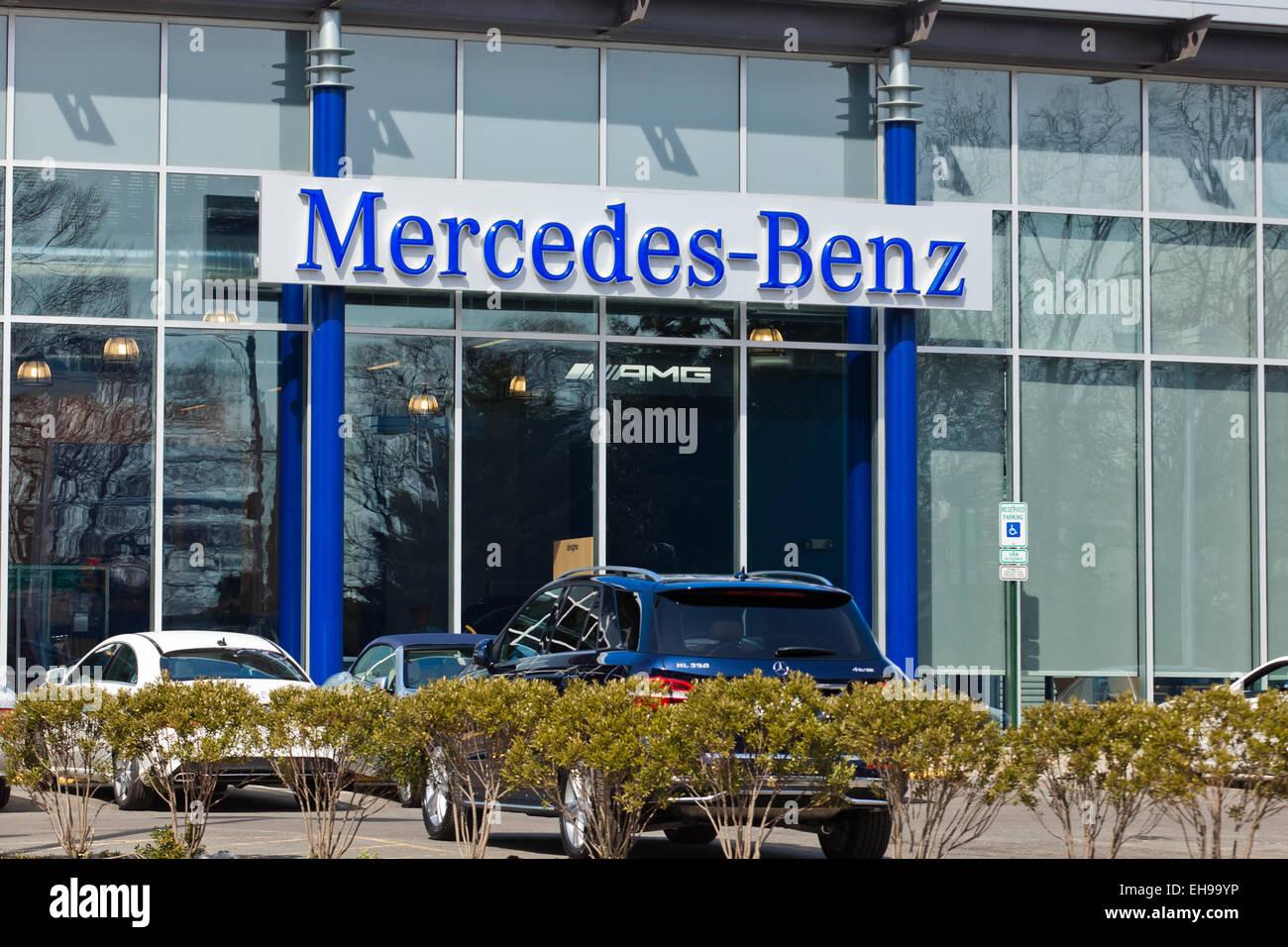 Mercedes-Benz car dealership entrance - USA - Stock Image