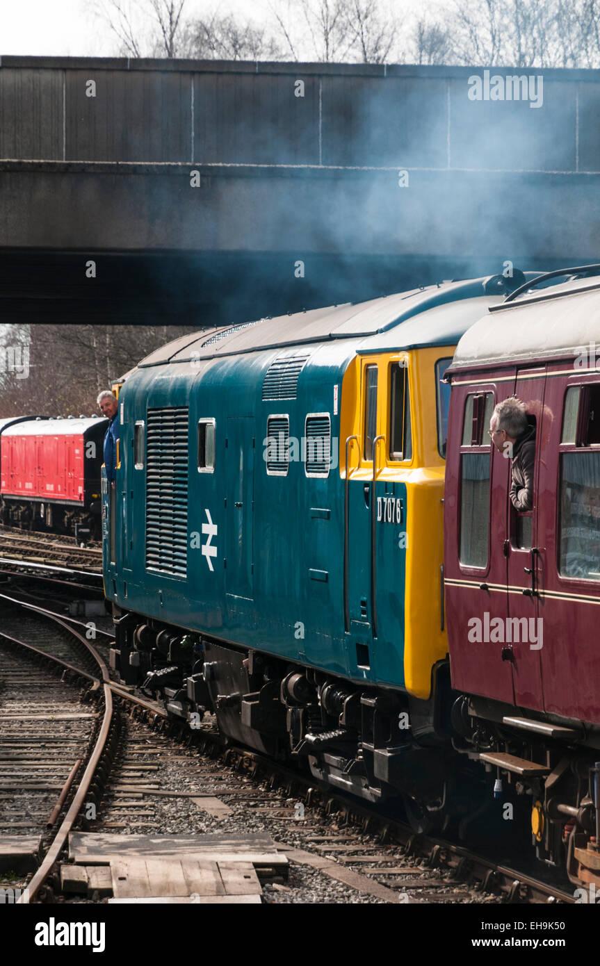Class 35 Hymek diesel loco leaving Bury railway station recreating a 1970s railway scene on the East Lancs Railway - Stock Image